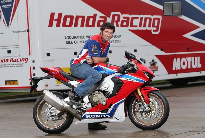 PACEMAKER, BELFAST, 16/1/2017: Guy Martin with the new  CBR1000RR SP2 Honda Fireblade he will race at the Vauxhall International North West 200 in 2017. PICTURE BY STEPHEN DAVISON