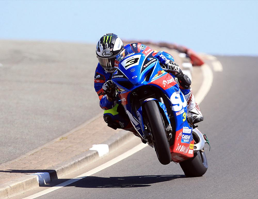 superbike-practice-02